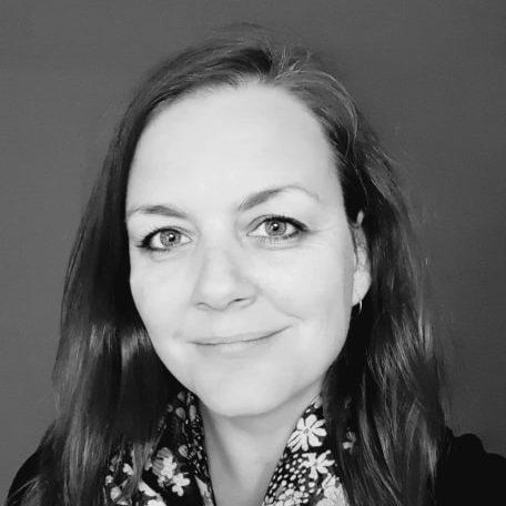Zoe Karaviotis MBACP BA (Hons)